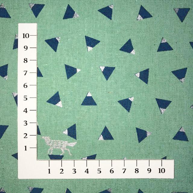 画像2: 【綿麻キャンバス】04450■約48cmハギレ トライアングル 麻色 echino2018 triangle